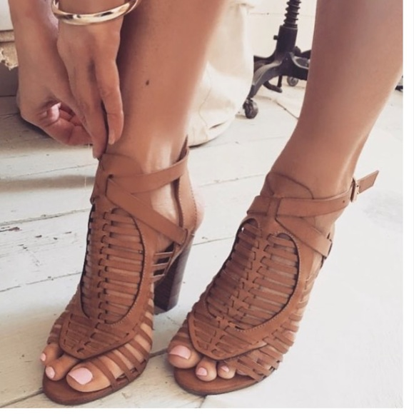 usa cheap sale cheap prices huge inventory ‼️Clearance ‼️tan strappy stacked open toe heels NWT